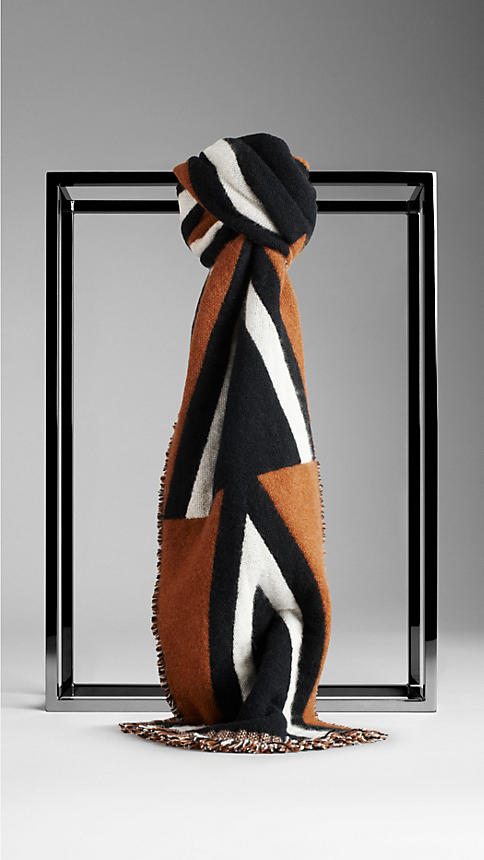 CHEVRON WOOL CASHMERE SCARF in BRIGHT TOFFEE